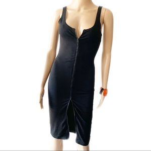 Forever 21 Dresses - 💃🏽❤️ Forever 21 Black Bodycon Dress Size S